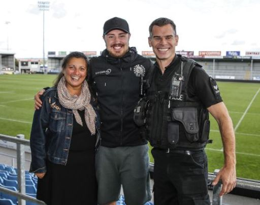 England and Exeter Chiefs Rugby Star supports Learn2Live